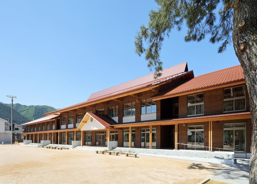安芸太田町立加計小学校新築工事お問い合わせサイトマップリンク採用情報関連会社ホーム